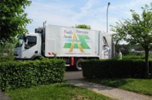 Camion de ramassage des ordures ménagères